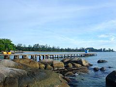 teluk-gembira-seliu-island