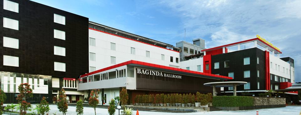 Hotel-Tampak-Depan-(Our-Hotel)