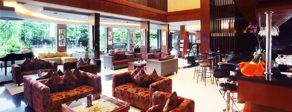 Lobby-1.-(Home)