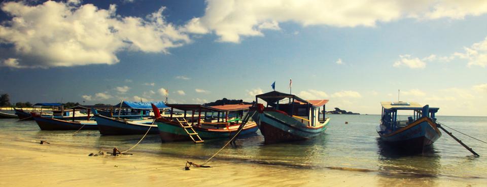 Pantai-Tanjung-Kelayang