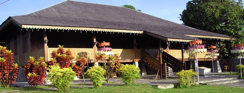 Rumah-Adat-Belitung